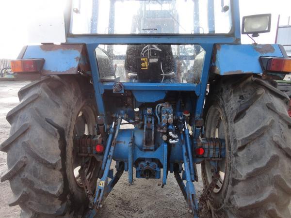 tracteurs mat riels d 39 occasion tracteur ford 4610. Black Bedroom Furniture Sets. Home Design Ideas